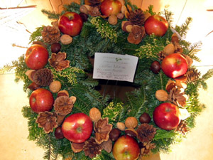 Holiday Greens Williamsburg wreath by Diane Walden